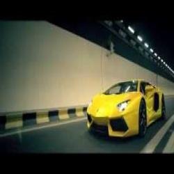 Gaddi Lamborghini Peele Rang Di